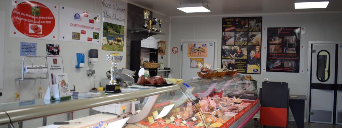Franck et Sandrine SERVEAU vous propose un large choix de viandes, charcuterie, plats préparés, etc...
